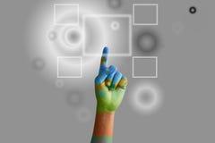 Ωθώντας κουμπί χεριών Στοκ Εικόνες