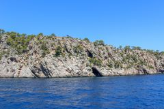 Ωκεάνια άποψη θάλασσας βουνών τοπίων μαγιορκινή στοκ φωτογραφία με δικαίωμα ελεύθερης χρήσης