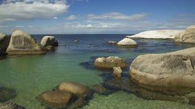 Ωκεάνια άποψη παραλιών λίθων Στοκ Φωτογραφίες