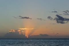 ωκεάνια ειρηνική ανατολή Στοκ φωτογραφία με δικαίωμα ελεύθερης χρήσης