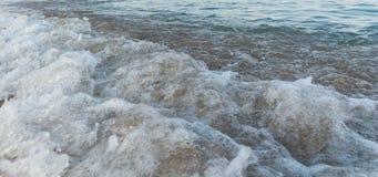 ωκεάνια κύματα κυμάτων πρώτου πλάνου εστίασης Στοκ φωτογραφίες με δικαίωμα ελεύθερης χρήσης