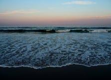 ωκεάνια κύματα παραλιών Στοκ Φωτογραφία
