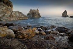 ωκεάνιες γυναίκες βράχων του Μεξικού νησιών Στοκ Εικόνες