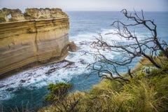 Ωκεάνιοι απότομοι βράχοι στην Αυστραλία στοκ φωτογραφία