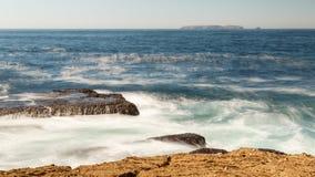 Ωκεάνιος βράχος κυμάτων Στοκ Φωτογραφία