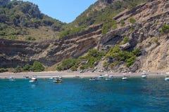 Ωκεάνιος όρμος βουνών τοπίων μαγιορκινός κρυμμένος στοκ φωτογραφία με δικαίωμα ελεύθερης χρήσης