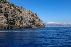 Ωκεάνιος όρμος βουνών τοπίων μαγιορκινός στοκ φωτογραφία