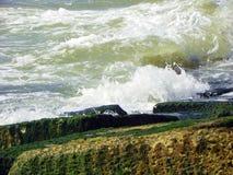 Ωκεάνιο κύμα κατωφλιών Στοκ εικόνα με δικαίωμα ελεύθερης χρήσης