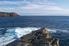 ωκεανός ακτών δύσκολος στοκ εικόνα με δικαίωμα ελεύθερης χρήσης