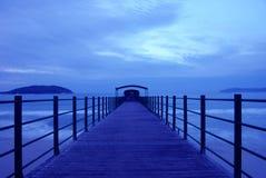 Ωκεανός και τρίποδο Στοκ Φωτογραφίες