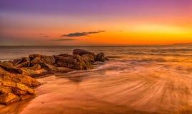 ωκεανός πέρα από το ηλιοβασίλεμα Στοκ Εικόνες