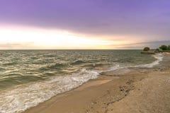 ωκεανός πέρα από το ηλιοβ&alpha Στοκ φωτογραφία με δικαίωμα ελεύθερης χρήσης
