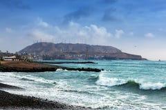 Ωκεανός παραλιών χαλικιών στοκ φωτογραφίες με δικαίωμα ελεύθερης χρήσης