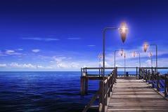 Ωκεανός & τρίποδο Στοκ Φωτογραφία