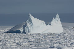 ωκεανός 6 παγόβουνων νότιος Στοκ εικόνες με δικαίωμα ελεύθερης χρήσης