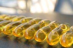 Ωμέγα 3 κάψες πηκτωμάτων πετρελαίου ψαριών Στοκ φωτογραφία με δικαίωμα ελεύθερης χρήσης
