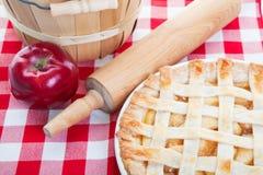 όλη η αμερικανική πίτα μήλων Στοκ φωτογραφία με δικαίωμα ελεύθερης χρήσης