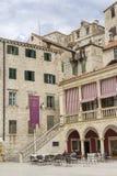 Όμορφα αρχιτεκτονικές και κτήρια στην παλαιά πόλη Sibenik Κροατία Στοκ Φωτογραφίες