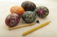 Όμορφα αυγά Πάσχας που χρωματίζονται Στοκ εικόνες με δικαίωμα ελεύθερης χρήσης