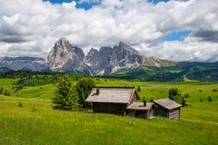 Όμορφα βουνά στους δολομίτες στοκ εικόνες με δικαίωμα ελεύθερης χρήσης