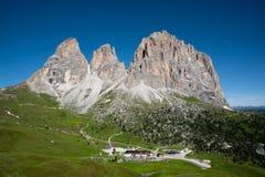 Όμορφα βουνά στους δολομίτες στοκ εικόνα με δικαίωμα ελεύθερης χρήσης
