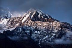 Όμορφα βουνά Himalayan στοκ φωτογραφίες με δικαίωμα ελεύθερης χρήσης