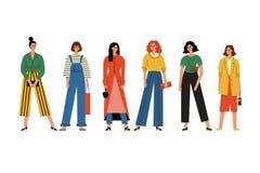 Όμορφα γυναίκες ή κορίτσια που στέκονται από κοινού Υψηλή μόδα Ομάδα ευτυχών θηλυκών φίλων r απεικόνιση αποθεμάτων