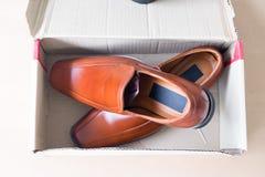 Όμορφα καφετιά παπούτσια ατόμων ` s δέρματος Στοκ Εικόνα
