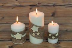 Όμορφα κεριά στο σπίτι Στοκ εικόνες με δικαίωμα ελεύθερης χρήσης