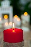 Όμορφα κεριά στο σπίτι Στοκ εικόνα με δικαίωμα ελεύθερης χρήσης