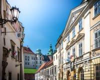 Όμορφα κτήρια κοντά στο κάστρο Wawel στην Πολωνία Στοκ Εικόνες