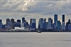 Όμορφα κτήρια, ορίζοντας, λιμάνι άνθρακα στο στο κέντρο της πόλης Βανκούβερ, Βρετανική Κολομβία Στοκ Φωτογραφίες