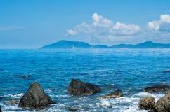 Όμορφα κύματα SanYa HaiNan Κίνα Στοκ Εικόνες