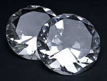 Όμορφα λαμπρά διαμάντια, που απομονώνονται στο άσπρο υπόβαθρο Στοκ φωτογραφία με δικαίωμα ελεύθερης χρήσης