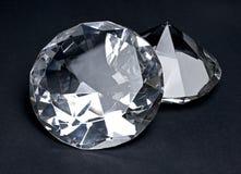 Όμορφα λαμπρά διαμάντια, που απομονώνονται στο μαύρο υπόβαθρο Στοκ φωτογραφία με δικαίωμα ελεύθερης χρήσης