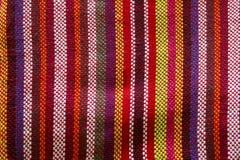 Όμορφα λωρίδες υφασμάτων από τις υφάνσεις ύφανσης Στοκ φωτογραφίες με δικαίωμα ελεύθερης χρήσης