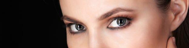 Όμορφα μάτια της ενήλικης γυναίκας Στοκ Εικόνες