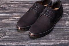Όμορφα μαύρα παπούτσια σουέτ Στοκ φωτογραφίες με δικαίωμα ελεύθερης χρήσης