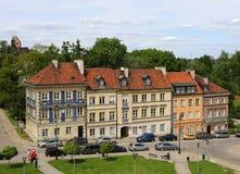 Όμορφα παλαιά πολωνικά σπίτια κοντά στο φρούριο Barbican στη Βαρσοβία, Πολωνία Στοκ Φωτογραφία