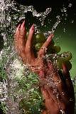 όμορφα πράσινα καρφιά χεριών  Στοκ εικόνες με δικαίωμα ελεύθερης χρήσης