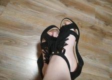 Όμορφα πόδια  στοκ εικόνα με δικαίωμα ελεύθερης χρήσης