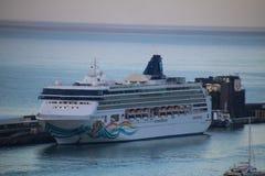 Όμορφα σκάφη και σκάφη της γραμμής κρουαζιέρας στοκ φωτογραφία με δικαίωμα ελεύθερης χρήσης