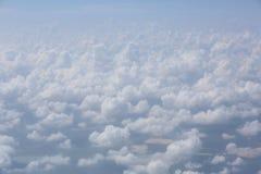 Όμορφα σύννεφα βολβών στον ουρανό Στοκ φωτογραφία με δικαίωμα ελεύθερης χρήσης