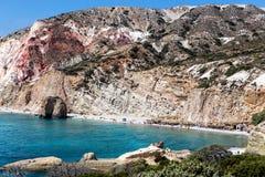 Όμορφα φυσικά χρώματα της παραλίας Firiplaka, Μήλος, Ελλάδα Στοκ Εικόνα