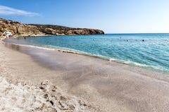 Όμορφα φυσικά χρώματα της παραλίας Firiplaka, Μήλος, Ελλάδα Στοκ εικόνα με δικαίωμα ελεύθερης χρήσης