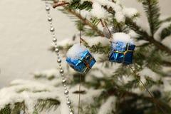 Όμορφα Χριστούγεννα και νέα σκηνή ετών Στοκ Φωτογραφία