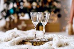 Όμορφα δύο ποτήρια της σαμπάνιας Στοκ Εικόνα