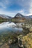 Όμορφες ήρεμες αντανακλάσεις σε Buttermere στην περιοχή λιμνών Στοκ Φωτογραφία
