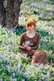 όμορφες δασικές νεολαί&epsil Στοκ εικόνες με δικαίωμα ελεύθερης χρήσης