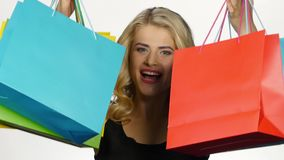 όμορφες ζωηρόχρωμες συσ& Αγορές άσπρος απόθεμα βίντεο